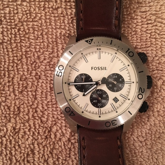 Fossil Other - Fossil Men's Brown Retro Traveller Watch